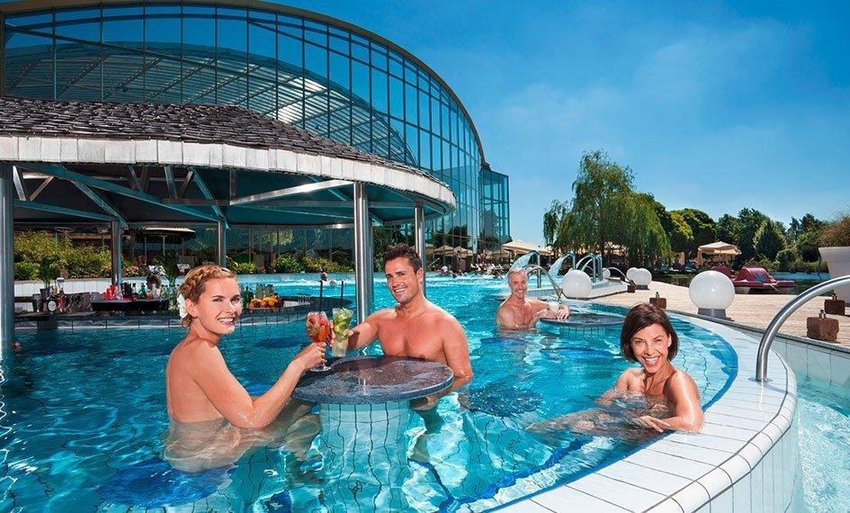 Hotel Apfelbaum, Therme Erding, Außenpoolbar