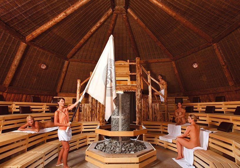 Hotel Apfelbaum, Therme Erding, VitalTherme Kelten Thron Sauna Aufguss
